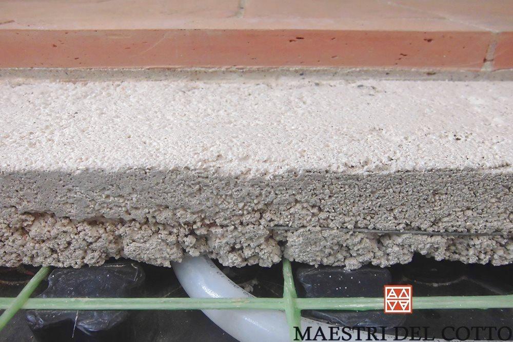 Pavimento riscaldato in cotto speciale posa su pavimento