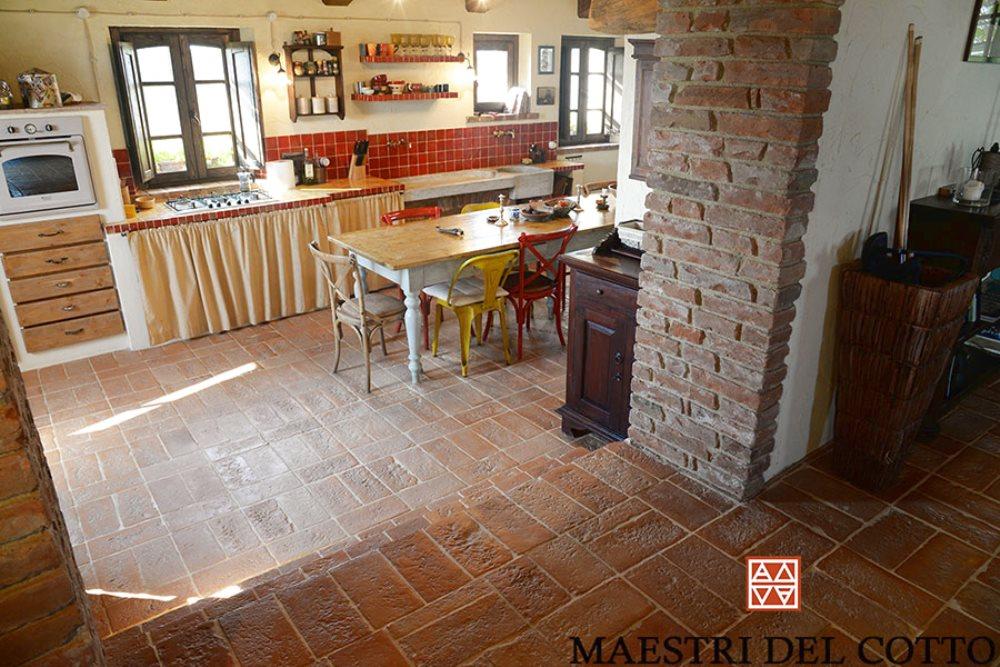 Scegliere un pavimento in cotto fatto a mano per taverne e - Piastrelle taverna ...
