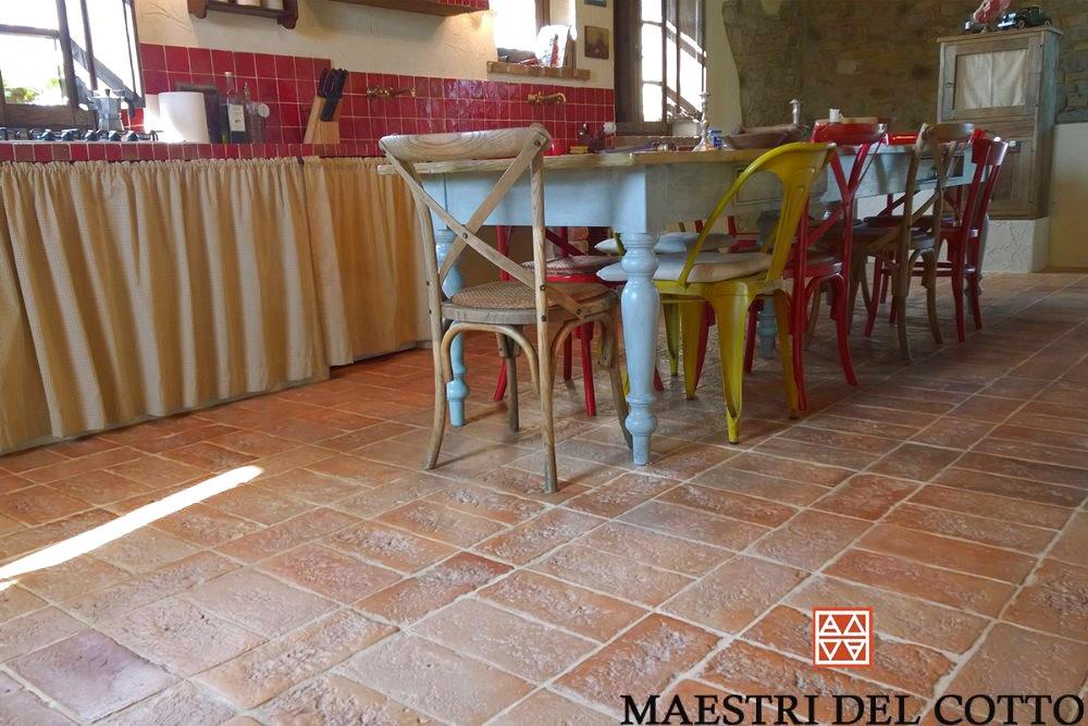 Pavimenti Rustici Interni : Pavimenti rustici per interni cotto fatto a mano e cotto a legna