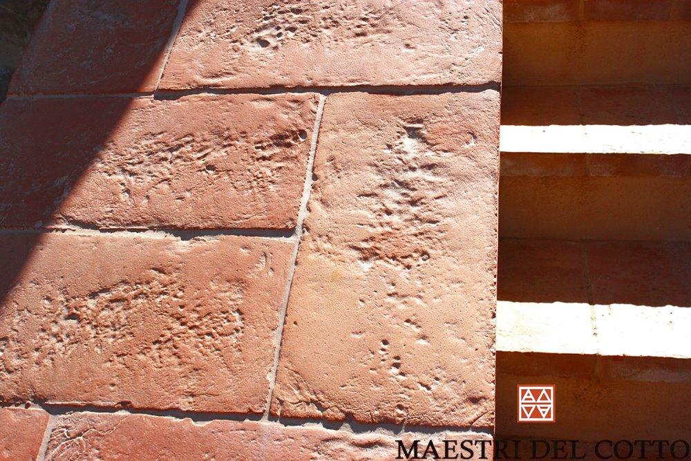 Cotto fiorentino per esterni pavimento in cotto rosso fatto a mano