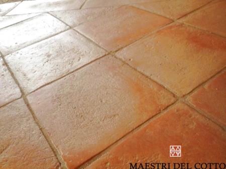 Cotto fatto a mano frosinone citt della pieve maestri del - Piastrelle in cotto prezzi ...