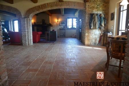 Pavimenti Rustici Per Taverne : Pavimento in cotto del buttero per taverne e rustici cotto fatto a